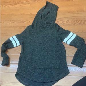 🤗5 for $25🥳 Urban kids hoodie